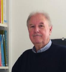 Dipl.-Ing. Michel Breuninger Freier Architekt und Stadtplaner SRL Jahrgang 1950. Nach dem Studium an der Universität Stuttgart seit über 30 Jahren freiberuflich tätig in Hochbau und Stadtplanung für öffentliche, gewerbliche und private Auftraggeber.