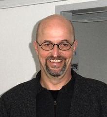 Professor Dr.-Ing. Martin Mutschler, Stadtplaner SRL, Jahrgang 1954. Nach dem Studium an der Technischen Universität Berlin 25 Jahre Praxis, davon 8 Jahre als Leiter eines Stadtplanungsamtes. Seit 1996 Professor für Städtebau.